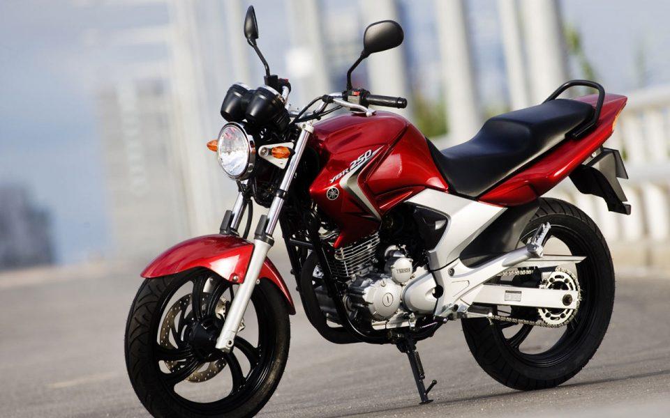 Yamaha YBR 250 1280x960_c15